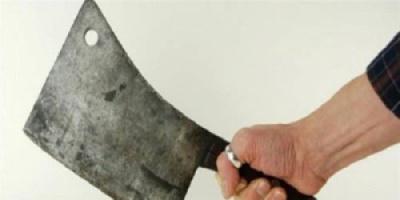 زوج روسي يقطع يدي زوجته ببلطة بسبب رغبتها في الإنفصال