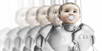 """خبير: الروبوتات والبشر """"سينجبون"""" أطفالا في المستقبل"""