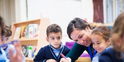 هل يهدد التعليم المعاصر هوية المجتمع من بوابة المدارس الأجنبية