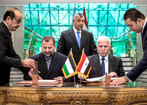المصالحة الفلسطينية: عقبات كثيرة يعقد حلها غياب الثقة بين فتح وحماس