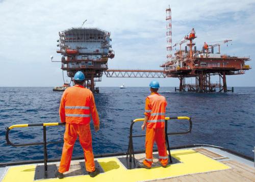 معركة اكتشافات الغاز تحتدم في البحر المتوسط