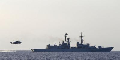 تركيا تواصل إمداد الجماعات الإرهابية في ليبيا بالسلاح