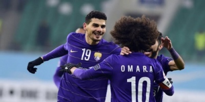 الأضواء تتجه نحو مارادونا في كأس الإمارات