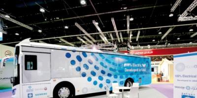 شركة أبوظبي لطاقة المستقبل تطلق الحافلة المستدامة المصنوعة في الإمارات