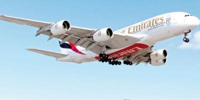 طيران الإمارات تخرج طائرة إيرباص العملاقة من طريق مسدود