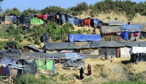 الأمم المتحدة تطالب ميانمار السماح بدخول المساعدات للروهينجا