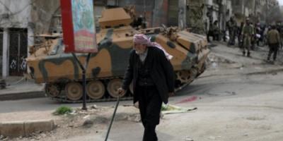 100 ألف شخص عالقون بعفرين والأكراد يتحصنون بمحيطها
