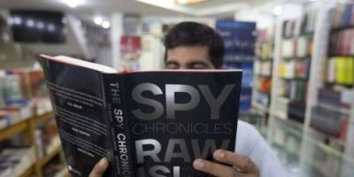 يوميات جاسوس.. اعترافات رئيسين سابقين في مخابرات الهند وباكستان