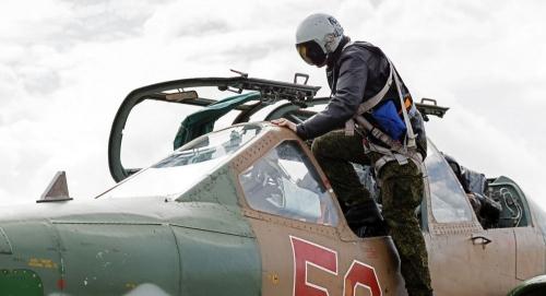 قوات روسية تغادر سوريا... ما السبب؟