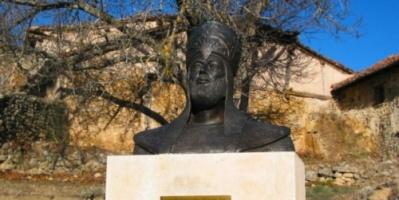 المنصور بن أبي عامر.. ملك الأندلس الذي لم يُهزم بأي معركة وحرك جيشًا لإنقاذ 3 نساء