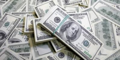 الدولار يواصل ارتفاعه مقابل العملات العالمية الرئيسية
