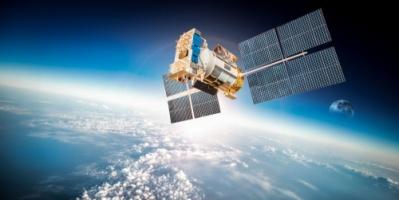 """روسيا تصنع هيكلا دون إطار للقمر الصناعي المصري """"إيجيبت سات"""""""
