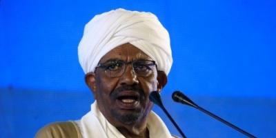 الرئيس السودانى عمر البشير يجرى تعديلا وزاريا يشمل 15 وزيرا جديدا