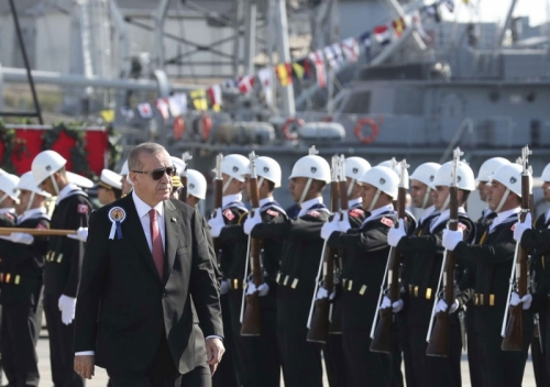 خبراء: أنقرة لا تتحرك في المتوسط للحصول على منافع اقتصادية بل لأسباب سياسية.