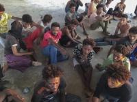 ليبيا: مهاجرون ناجون من الغرق في ينتظرون بصمت
