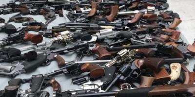بعد 5 أشهر من الهجوم على مسجدي نيوزيلندا... الشرطة تجمع أكثر من 12 ألف قطعة سلاح