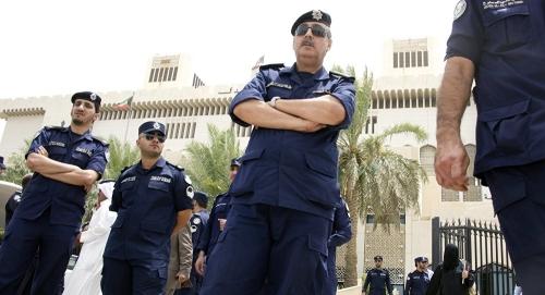 الكويت تحقق مع 500 من ضباط وأفراد الشرطة