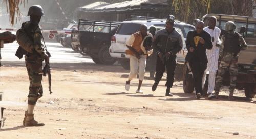 مالي ... مقتل 8 أشخاص بانفجارعبوة ناسفة وسط البلاد