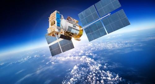 بعد أيام ... مصر تحتفل  بإطلاق القمر الصناعي الأول للاتصالات
