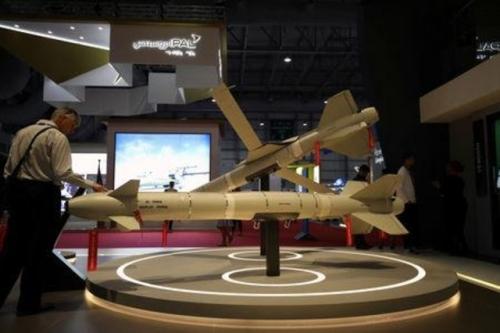 بعد قيود من حلفائها ... الإمارات تشق طريقها لصنع أسلحة بتكنولوجيا عالية