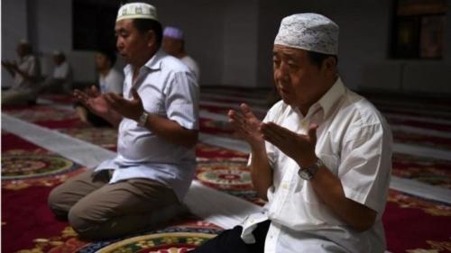 ما سبب صمت العالم الإسلامي أمام الانتهاكات الصينية بحق الأويغور؟
