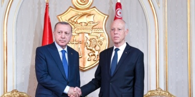 على وقع تصاعد التدخل التركي في ليبيا ... أردوغان في زيارة غير معلنة إلى تونس