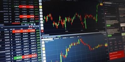 تفاصيل اتفاق التجارة .. أسهم أوروبا تتراجع مع ترقب المستثمرين