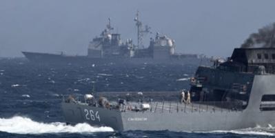 وزارة الدفاع الروسية ... المدمرة الأمريكية خرقت القواعد الدولية وطاقم سفينتنا تصرف باحترافية