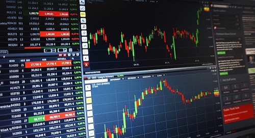في جلسة تداول ... بورصة الكويت توقف التداولات في السوق الأول لمدة 15 دقيقة
