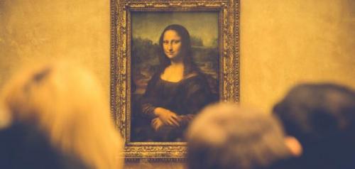رجل أعمال يطالب فرنسا ببيع لوحة الموناليزا بـ45 مليار دولار