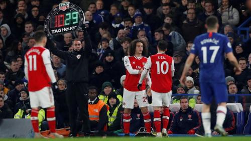 اعتماد 5 تبديلات في الدوري الانجليزي الممتاز رسميا