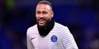 نيمار أخبر زملاءه في باريس سان جيرمان برغبته في العودة إلى نادي برشلونة