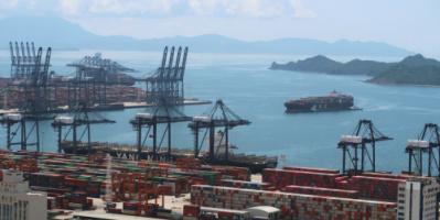 التجارة العالمية .. تراجع التجارة تاريخي ولكن كان يمكن أن يكون أسوأ