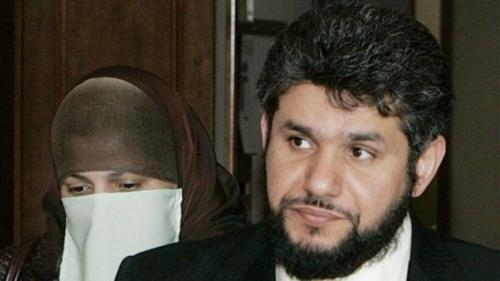 هل تسمح أمريكا لأشهر سجين سعودي بقضاء باقي محكوميته في بلاده ؟