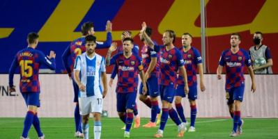 برشلونة يطيح بجاره إسبانيول من الليغا ويحتفظ هو ببصيص أمله في الدفاع عن اللقب