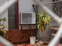 خبراء ينصحون بإغلاق مكيف الهواء لمنع انتقال «كورونا»