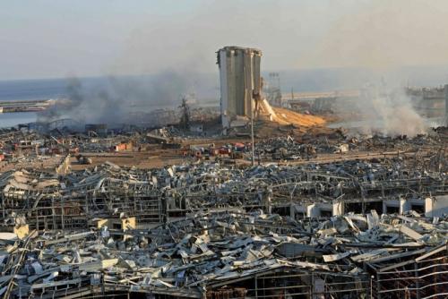 لبنان .. سيطرة حزب الله على ميناء بيروت تسببت بالكارثة
