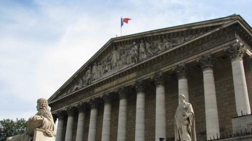 """الخارجية الفرنسية .. باريس تدين القصف التركي في أربيل وتصفه بأنه """"تطور خطير"""""""