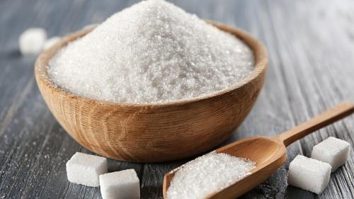 مصر تمدد حظر استيراد السكر الأبيض والخام 3 أشهر
