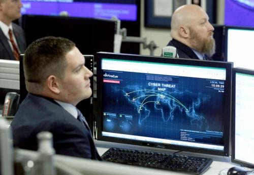 لماذا تخسر أجهزة الاستخبارات الأميركية في حرب المعلومات ؟