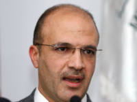 """لبنان يعلن أنه سيتسلم لقاح """"فايزر"""" المضاد لكورونا بالربع الأول من 2021"""