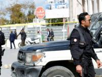 تونس.. قوات الأمن تقبض على 4 مثيرين للشغب بحوزتهم زجاجات حارقة