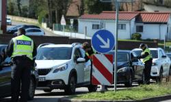 فرنسا تدعو لإجراء محادثات بعد إعلان ألمانيا بعض القيود عبر الحدود بسبب كورونا