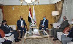 مصر تعلن عن خط بري لنقل الركاب يربطها بدولتين عربيتين بسعر تذكرة 130 دولار
