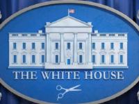 نادي الرجال السري.. حلاق البيت الأبيض يتحدى كورونا