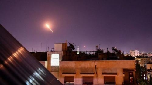 انفجار صاروخ سوري قرب مفاعل ديمونا النووي جنوبي إسرائيل