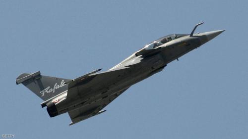 مصر وفرنسا توقعان عقداً لتوريد 30 طائرة مقاتلة من طراز رافال