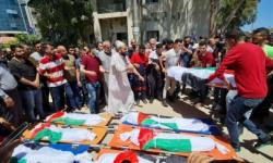 فلسطين.. غزة تودع شهداء مجزرة الشاطئ من عائلتي أبو حطب والحديدي
