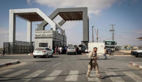 السلطات المصرية تفتح معبر رفح قبل الموعد بيوم لاستقبال المرضى والمصابين في قطاع غزة