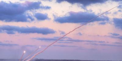 نفذت هجمات هي الأكبر في تاريخ إسرائيل.. تل أبيب: المقاومة الفلسطينية تمتلك 12 ألف صاروخ